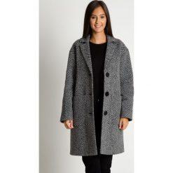 Płaszcz z kołnierzem i kieszeniami BIALCON. Czarne płaszcze damskie BIALCON, z wełny, eleganckie. Za 765.00 zł.