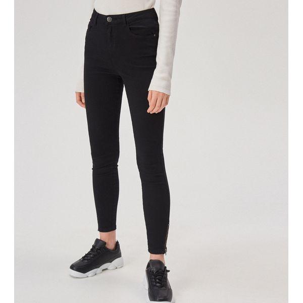 30b4b8982fbeb7 Spodnie skinny z wysokim stanem - Czarny - Czarne spodnie ...