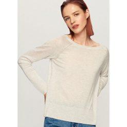 Sweter - Jasny szar. Szare swetry damskie Reserved. W wyprzedaży za 29.99 zł.
