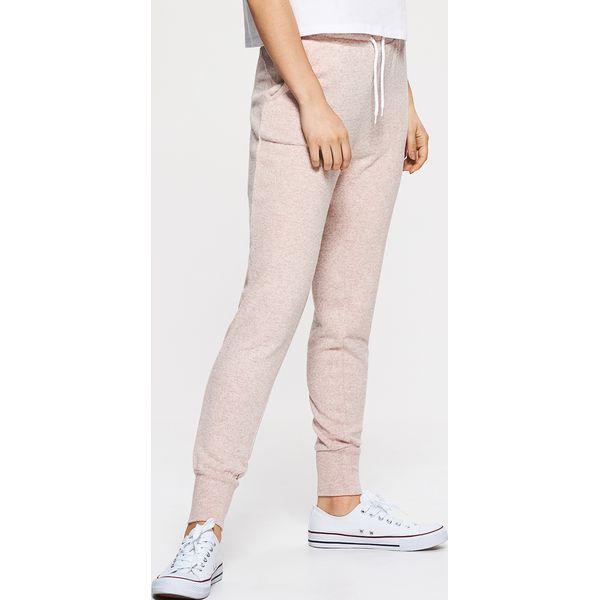 0c52d7c4a07c Sklep   Dla kobiet   Odzież damska   Spodnie i legginsy damskie   Spodnie  dresowe ...