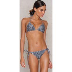 NA-KD Swimwear Dół bikini Triangle - Multicolor. Brązowe bikini damskie NA-KD Swimwear, w paski. W wyprzedaży za 19.20 zł.