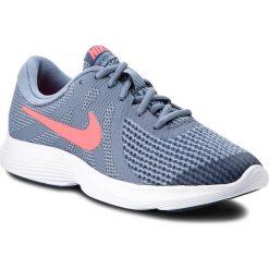 Buty NIKE - Revolution 4 (GS) 943309 400 Ashen Slate/Flash Crimson. Niebieskie obuwie sportowe damskie Nike, z materiału. W wyprzedaży za 169.00 zł.