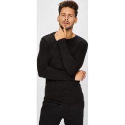 Medicine - Longsleeve Arty Dandy. Czarne bluzki z długim rękawem męskie MEDICINE, z bawełny, z okrągłym kołnierzem. W wyprzedaży za 47.90 zł.