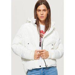 Krótka kurtka z kapturem - Biały. Kurtki damskie marki SOLOGNAC. W wyprzedaży za 129.99 zł.