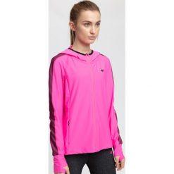 Bluza treningowa damska BLDF200 - różowy neon. Bluzy damskie marki KALENJI. W wyprzedaży za 129.99 zł.