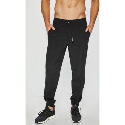 Calvin Klein Performance - Spodnie. Spodnie sportowe męskie marki bonprix. Za 269.90 zł.