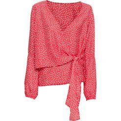 Bluzka z nadrukiem bonprix czerwono-biały w groszki. Czerwone bluzki damskie bonprix, w grochy, z kopertowym dekoltem. Za 89.99 zł.