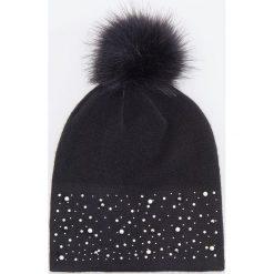 Czapka z pomponem - Czarny. Czarne czapki i kapelusze damskie Reserved. Za 49.99 zł.