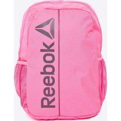Reebok - Plecak. Różowe plecaki damskie Reebok, w paski, z materiału. W wyprzedaży za 59.90 zł.