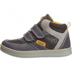 Sneakersy w kolorze niebiesko-szarym. Niebieskie trampki i tenisówki chłopięce Primigi, z materiału. W wyprzedaży za 132.95 zł.