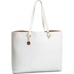 Torebka COCCINELLE - DS5 Alpha E1 DS5 11 02 01 Blanche H10. Białe torebki do ręki damskie Coccinelle, ze skóry. Za 1,249.90 zł.