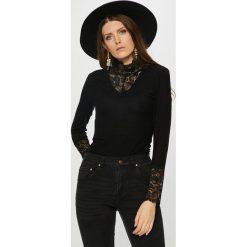 Vero Moda - Bluzka. Czarne bluzki damskie Vero Moda, z dzianiny, casualowe, z golfem. Za 119.90 zł.