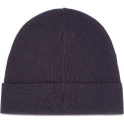 Czapka CALVIN KLEIN - Ck Embossed Beanie K50K504092 448. Niebieskie czapki i kapelusze męskie Calvin Klein. Za 179.00 zł.