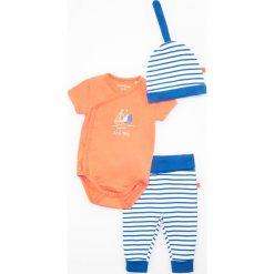 Zestaw: spodenki, body i czapka - Granatowy. Body niemowlęce marki Pollena Savona. W wyprzedaży za 29.99 zł.
