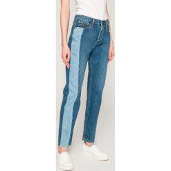 Calvin Klein Jeans - Jeansy Dark Vertical. Niebieskie jeansy damskie Calvin Klein Jeans. W wyprzedaży za 329.90 zł.