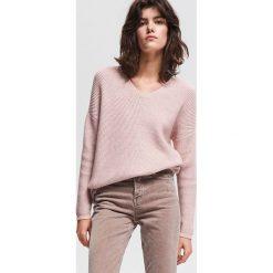 Sweter z prążkowanej dzianiny - Różowy. Swetry damskie marki bonprix. Za 119.99 zł.