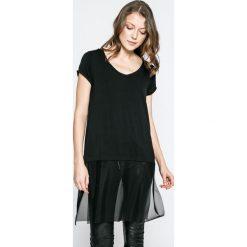 Answear - Top Twilight. Czarne topy damskie ANSWEAR, z elastanu, z krótkim rękawem. W wyprzedaży za 49.90 zł.