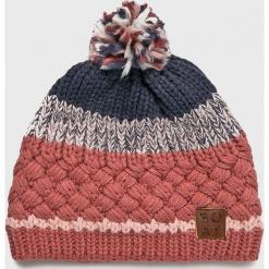 Roxy - Czapka. Różowe czapki i kapelusze damskie Roxy, z dzianiny. Za 139.90 zł.
