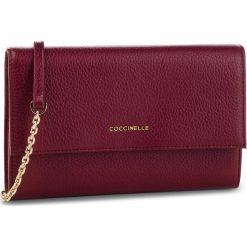 Torebka COCCINELLE - CW5 Metallic Soft E2 CW5 11 07 01 Grape R04. Czerwone torebki do ręki damskie Coccinelle, ze skóry. Za 749.90 zł.