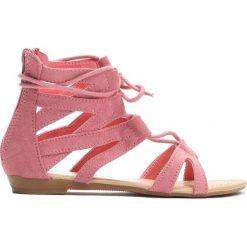 Różowe Sandały Something Crazy. Czerwone sandały dziewczęce Born2be, z materiału. Za 29.99 zł.