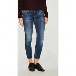 Guess Jeans - Jeansy Beverly. Niebieskie jeansy damskie Guess Jeans. Za 459.90 zł.
