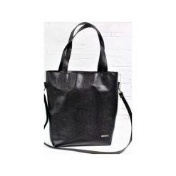 Skórzana Shopper Verona Black Snake. Czarne torebki shopper damskie Fabiola, w paski, ze skóry. Za 275.00 zł.