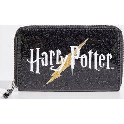 Portfel Harry Potter - Czarny. Czarne portfele damskie Sinsay. Za 29.99 zł.