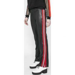 Answear - Legginsy Sporty Fusion. Szare legginsy damskie ANSWEAR, z dzianiny. W wyprzedaży za 69.90 zł.