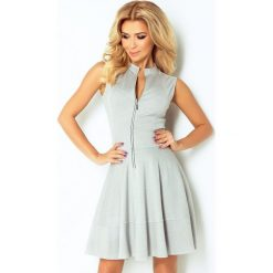 123-6 sukienka z ekspresem z przodu i kieszonkami - jasny szary. Szare sukienki damskie NUMOCO, z długim rękawem. Za 136.00 zł.
