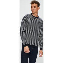 Tommy Hilfiger - Sweter. Szare swetry przez głowę męskie Tommy Hilfiger, z bawełny, z okrągłym kołnierzem. Za 449.90 zł.