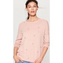Sweter z dżetami - Różowy. Czerwone swetry damskie Mohito. Za 79.99 zł.