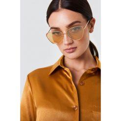 Le Specs Okulary przeciwsłoneczne Echo - Gold. Brązowe okulary przeciwsłoneczne damskie Le Specs. Za 283.95 zł.
