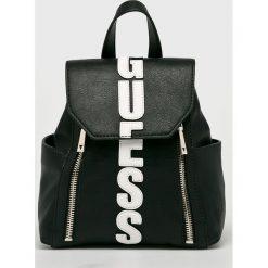 Guess Jeans - Plecak. Szare plecaki damskie Guess Jeans, z jeansu. W wyprzedaży za 439.90 zł.