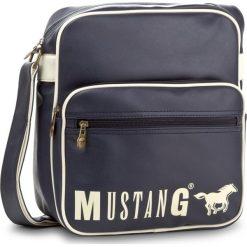 Saszetka MUSTANG - 4100000012  Dark Blue 402. Niebieskie saszetki męskie Mustang, ze skóry ekologicznej, młodzieżowe. W wyprzedaży za 209.00 zł.