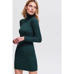 f7307cbbf5 Dzianinowa sukienka - Khaki. Sukienki damskie marki Reserved. Za 79.99 zł.