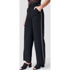 NA-KD Trend Spodnie z ozdobnymi lampasami - Black - 2