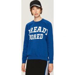 Bluza z napisem - Niebieski. Bluzy damskie marki Sinsay. W wyprzedaży za 29.99 zł.