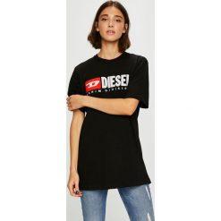 Diesel - Top. Czarne topy damskie Diesel, z aplikacjami, z bawełny, z okrągłym kołnierzem, z krótkim rękawem. W wyprzedaży za 239.90 zł.