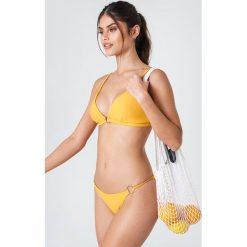 J&K Swim X NA-KD Dół bikini z okrągłym detalem - Yellow. Żółte bikini damskie J&K Swim X NA-KD, w paski. Za 52.95 zł.