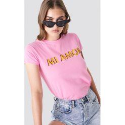Trendyol T-shirt Mi Amor - Pink. Różowe t-shirty damskie Trendyol, z nadrukiem, z okrągłym kołnierzem. Za 60.95 zł.