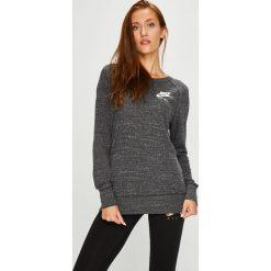 Nike Sportswear - Bluzka. Szare bluzki damskie Nike Sportswear, z bawełny, z okrągłym kołnierzem. Za 199.90 zł.