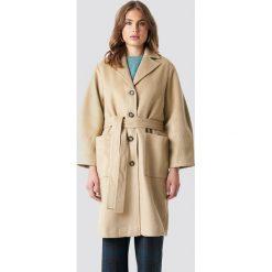 Trendyol Płaszcz Camel - Beige. Brązowe płaszcze damskie Trendyol, w paski. Za 303.95 zł.