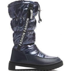 Granatowe Śniegowce Humbleness. Niebieskie buty zimowe dziewczęce Born2be, z materiału. Za 109.99 zł.