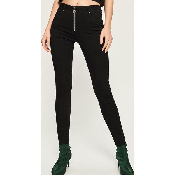 2e71088854b658 Spodnie slim z wysokim stanem - Czarny - Spodnie materiałowe damskie ...