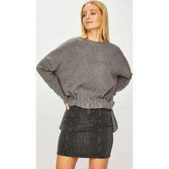 Answear - Sweter. Szare swetry damskie ANSWEAR, z dzianiny, z okrągłym kołnierzem. Za 129.90 zł.