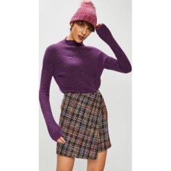 Medicine - Sweter Basic. Brązowe swetry damskie MEDICINE, z dzianiny, z dekoltem w łódkę. W wyprzedaży za 79.90 zł.