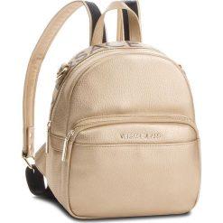 Plecak VERSACE JEANS - E1VSBBB7 70709 901. Żółte plecaki damskie Versace Jeans, z jeansu, eleganckie. Za 699.00 zł.