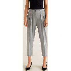 Mango - Spodnie Euxenio2. Szare spodnie materiałowe damskie Mango, z elastanu. W wyprzedaży za 119.90 zł.