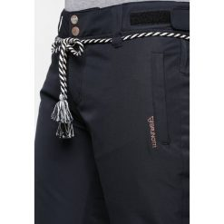 Brunotti SUNLEAF Spodnie narciarskie black. Spodnie sportowe damskie Brunotti, z materiału, sportowe. W wyprzedaży za 377.10 zł.