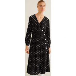 Mango - Sukienka Tabs. Czarne sukienki damskie Mango, z tkaniny, casualowe, z długim rękawem. Za 229.90 zł.
